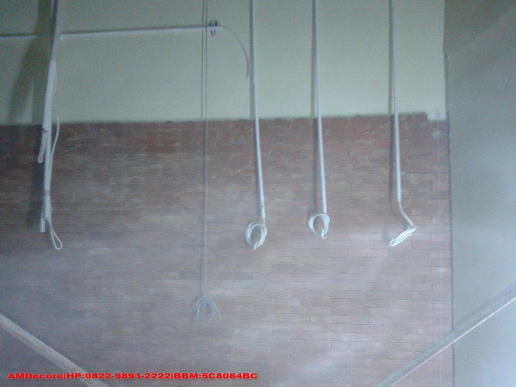 Gambar Proses pekerjaan listrik interior cafetaria